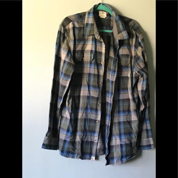 52cfc64fb3 Vans long sleeve button up plaid men s shirt. M 5b9612ca0cb5aa20e7e903a3